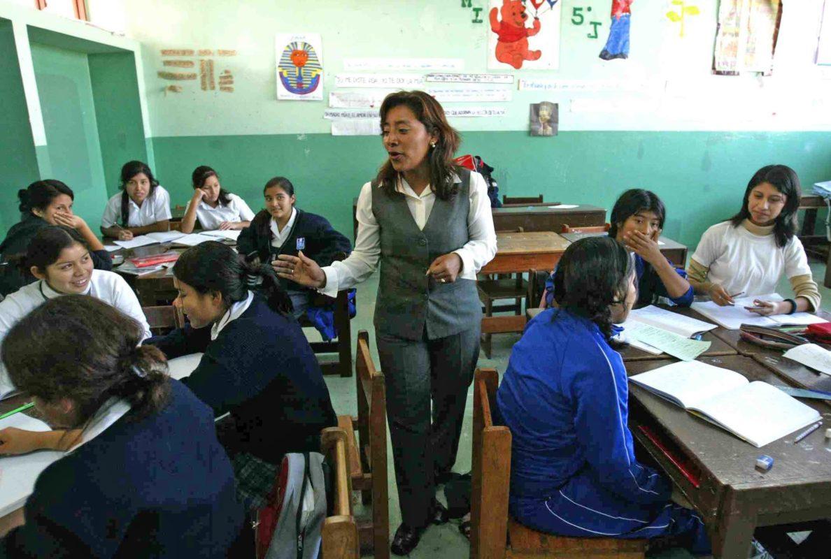 ¿Ganan bien los maestros mexicanos?